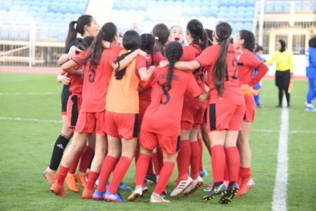 Lebanon and Palestinian leading the female U18 Championship